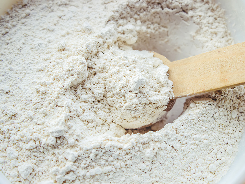 white_clay_hair_mask_recipe