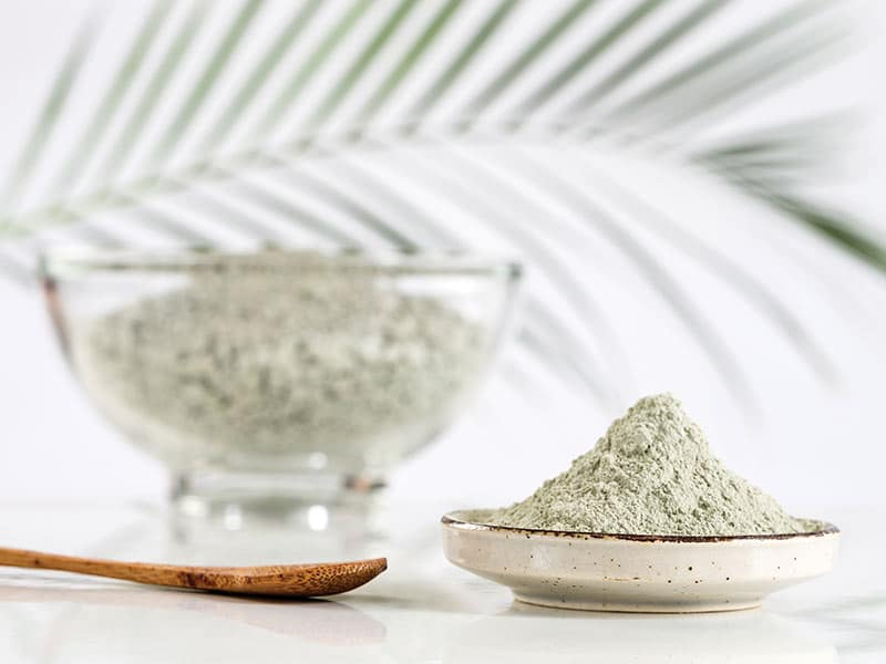 Recipe-of-mask-to-clay-green-for-the-hair-fat